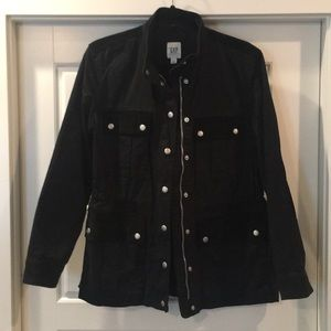 Gap sz S twill utility jacket with back embroidery
